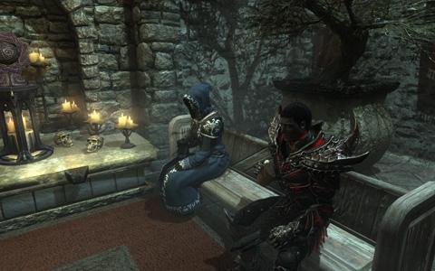 """青いローブを着た女性が""""Mystic""""、Dragon Soulをアイテムと交換してくれる。黒い鎧をまとった男性が""""Quartermaster""""、Dragonslyaer tokenをアイテムを交換してくれる。2人はWhiterunのHall of the dead(死者の間)に常駐している。"""